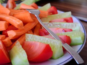 Hoe krijg je het hele gezin aan de gezonde voeding?